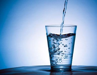 Signs and Symptoms of Dehydration - image water on https://www.iprogressivemed.com
